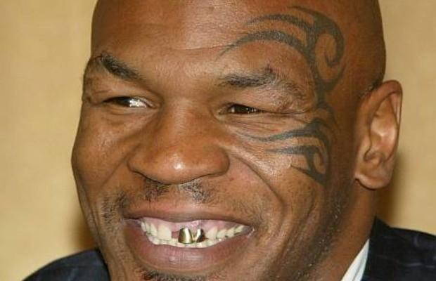 Усмішка колись відомого боксера Майка Таксона